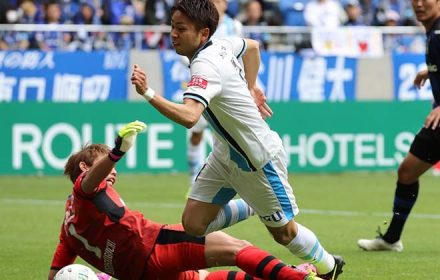 年間勝点1位を狙う川崎フロンターレとCS消滅のガンバ大阪~交わる事のない攻撃サッカーの雄それぞれの歩み